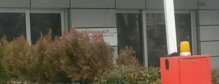 dr hande alp muayenehanesi is one of C B Atakan'ın Beğendiği Mekanlar.
