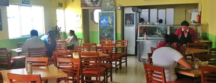 Son Cubano Café Gourmet & Restaurante is one of a probar.