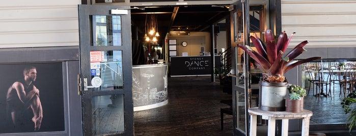 Sydney Dance Company is one of Locais curtidos por Shelya.