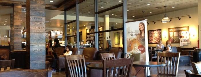 Starbucks is one of Lieux qui ont plu à Jared.