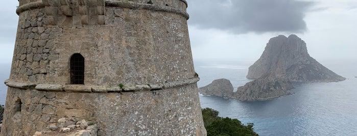 Torre de Savinar (Torre Pirata) is one of Ibiza to doby Jas.