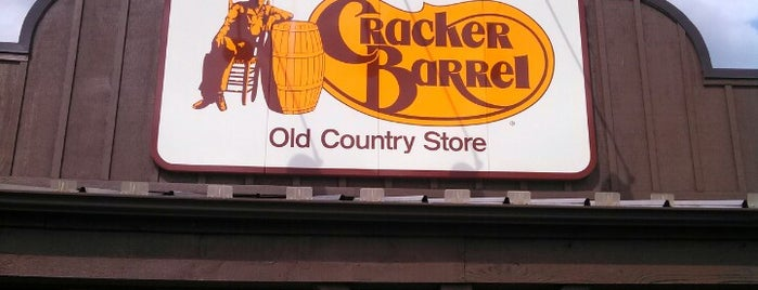 Cracker Barrel Old Country Store is one of Posti che sono piaciuti a Amy.