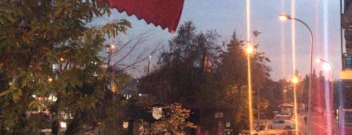 Karadeniz Pastanesi & Cafe is one of Orte, die Mahide gefallen.