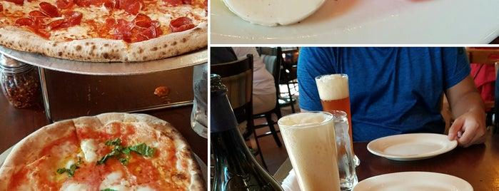 Via Napoli Ristorante e Pizzeria is one of Pizza.