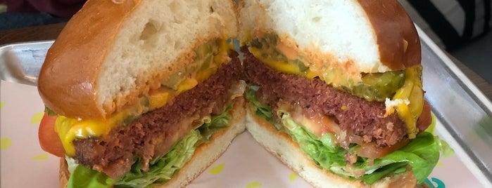 The Vurger Co is one of Locais curtidos por Léo.