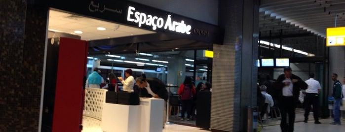 Espaço Árabe Express is one of Tempat yang Disukai Rodrigo.