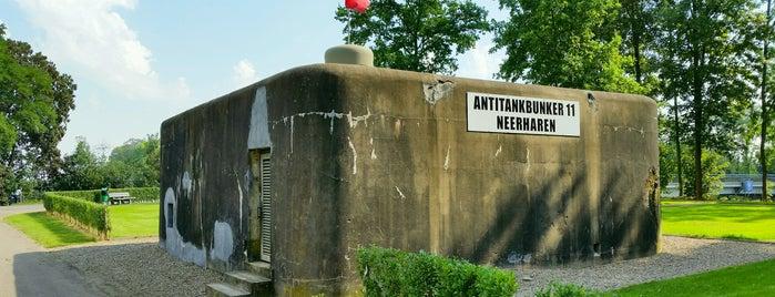 Antitankbunker 11 is one of สถานที่ที่ Thomas ถูกใจ.
