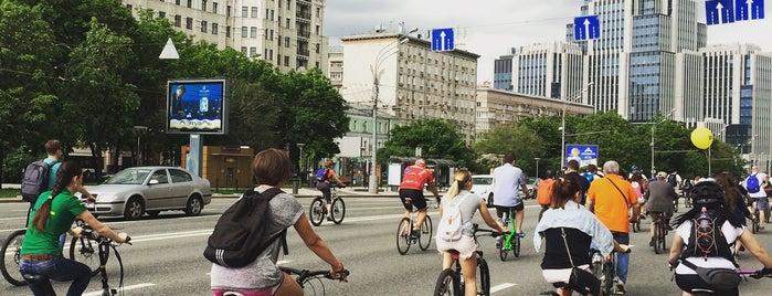 Московский велопарад 2015 is one of Lieux qui ont plu à Ilya.