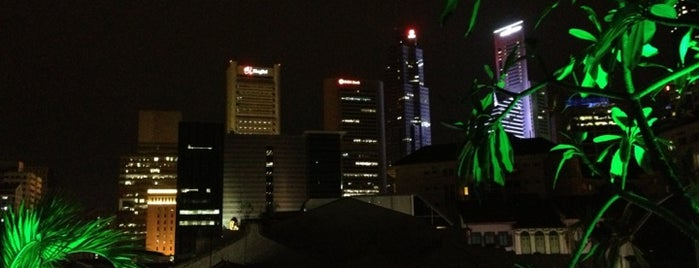 La Terraza Rooftop Bar @ The Screening Room is one of Food in Singapore!.