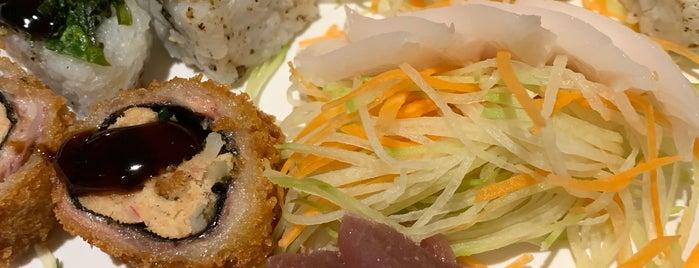Hoken Sushi is one of Locais curtidos por Lari.
