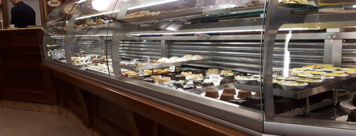 Pasticceria Nencioni is one of Florence.