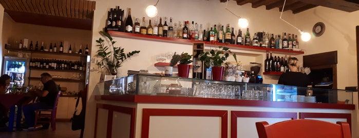 In Piazzetta is one of Niccolò : понравившиеся места.