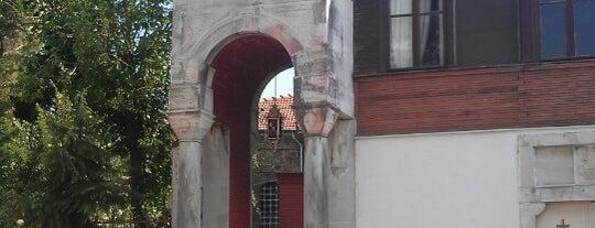 Aya Yorgi Kilisesi is one of Gezelim Görelim Eski İstanbul.