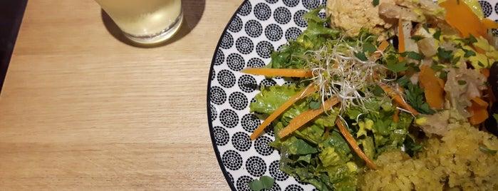 5 Lorette is one of Healthy & Veggie Food in Paris.