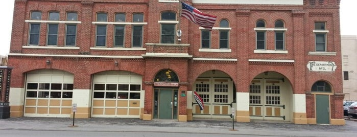 Fort Wayne Firefighters Museum is one of Tempat yang Disukai Brandon.