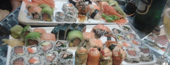 Wasabi Sushi + Wok is one of Sushi en Montevideo.