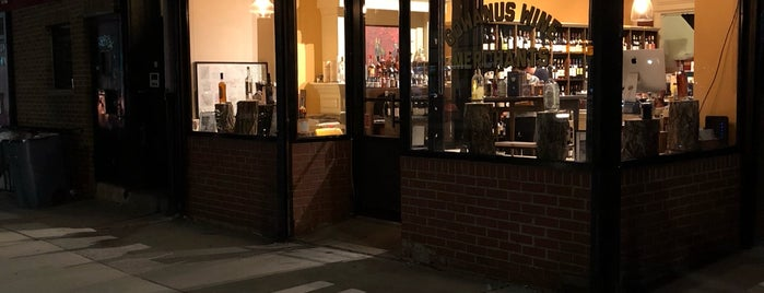 Gowanus Wine Merchants is one of Lieux sauvegardés par Mary.