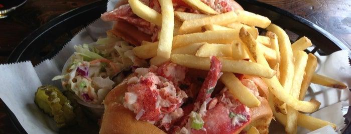Portola Valley Lobster Shack is one of Locais curtidos por Xin.