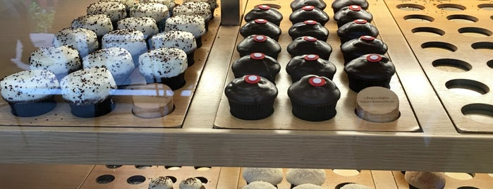 Sprinkles Cupcakes Ice Cream Is One Of The 15 Best Places For In Las