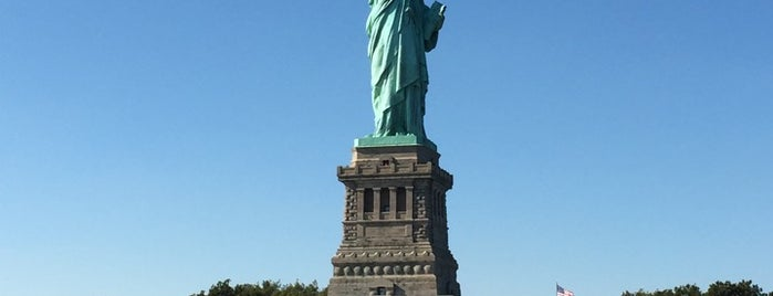 Freiheitsstatue is one of Architecture - Great architectural experiences NYC.