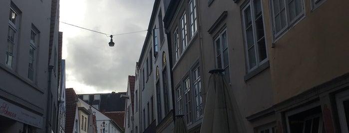 Altstadt is one of V͜͡l͜͡a͜͡d͜͡y͜͡S͜͡l͜͡a͜͡v͜͡a͜͡'ın Beğendiği Mekanlar.