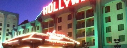 Hollywood Casino Tunica is one of Tempat yang Disukai Richie.