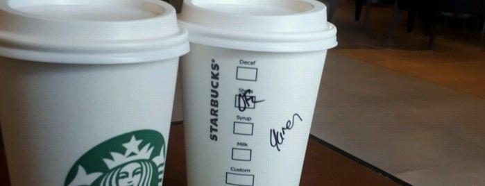 Starbucks is one of Ceren'in Beğendiği Mekanlar.