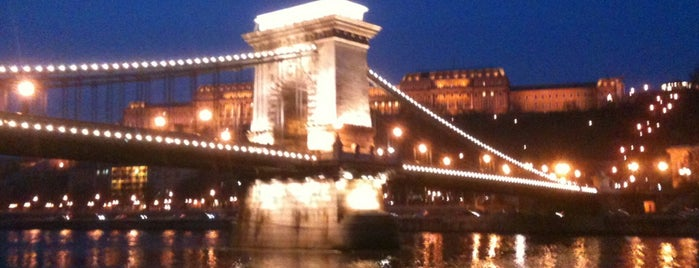 Kettenbrücke is one of Budapest 2015.