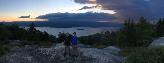 Top Of Buck Mountain is one of สถานที่ที่บันทึกไว้ของ Nicholas.