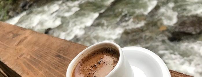 Lames Kahvaltı Ve Yöresel Yemekler is one of Yurdun 4-1 köşesi.