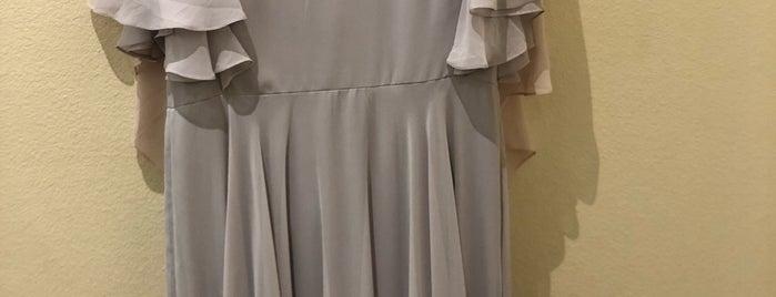 Brides by Demetrios is one of Angela'nın Beğendiği Mekanlar.