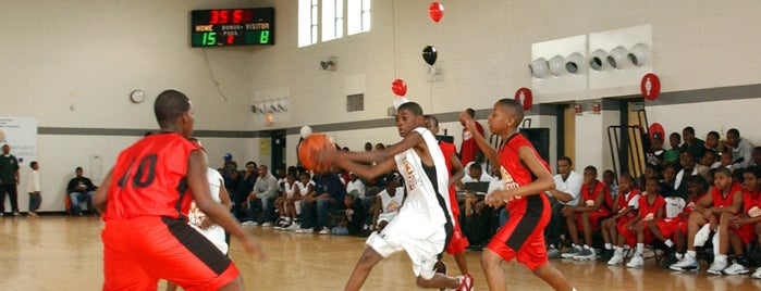 Columbus Park is one of Windy City Hoops.