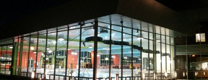 Annette Kellerman Aquatic Centre is one of Locais curtidos por Jonathan.