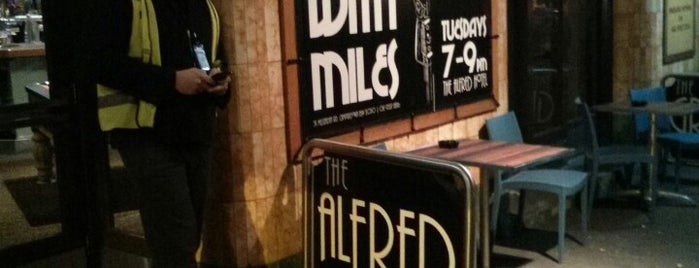 Alfred Hotel is one of Pubs with Sunday Roast.