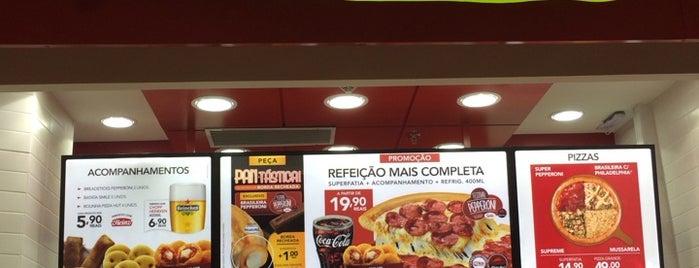 Pizza Hut Express is one of สถานที่ที่ Diego ถูกใจ.