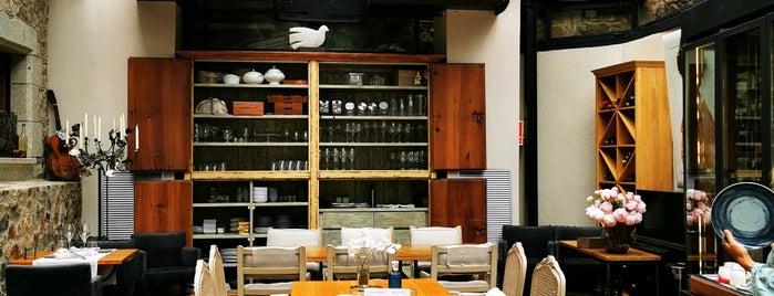Boutique Hotel Casa Granados is one of 😴sLee💤.