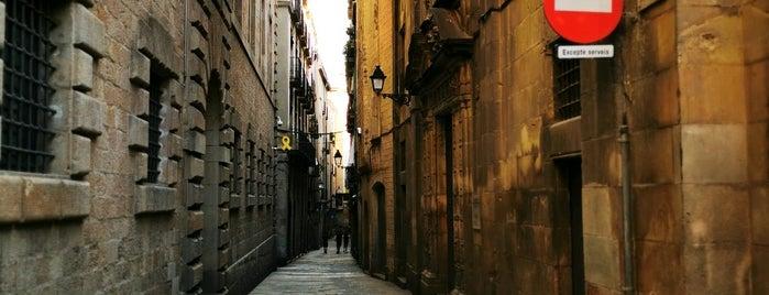 Ciutat Vella is one of Locais curtidos por Kevin.