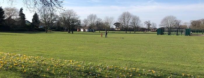 Upminster Park is one of Orte, die Paul G gefallen.