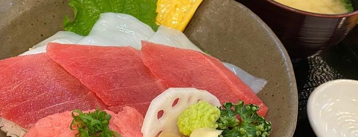 まぐろ丼ぶんた is one of Lugares favoritos de Masahiro.