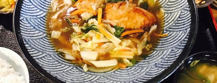 Mangetsu Japanese Restaurant is one of Food: Makati.