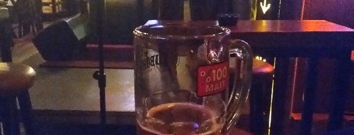 Black Rock Pub is one of Lieux qui ont plu à Semin.