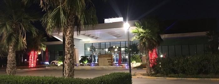 abc restaurant Erbil is one of Tempat yang Disukai Tahir Cirali.