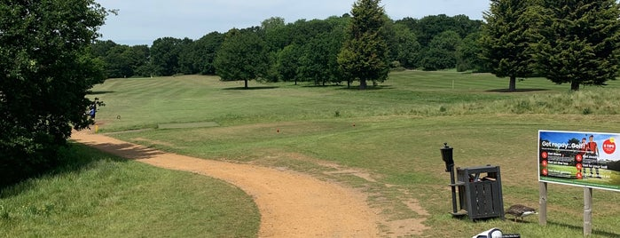 Richmond Park Golf Club is one of OJM's guide to entertainment in London.