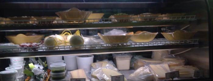 Rocco's Italian Market and Deli is one of La Sandwiches.