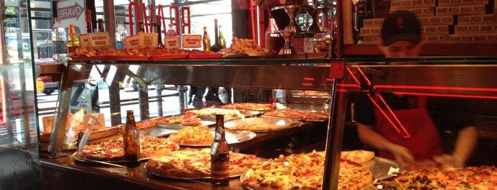 Bravo Pizza is one of Lugares favoritos de Sean.