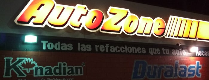 AutoZone is one of Orte, die Manolo gefallen.