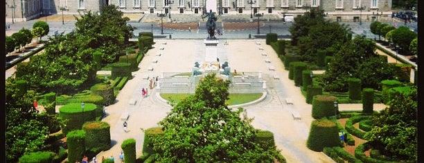 Plaza de Oriente is one of madrid.