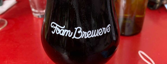 Foam Brewers is one of Locais curtidos por Carmen.