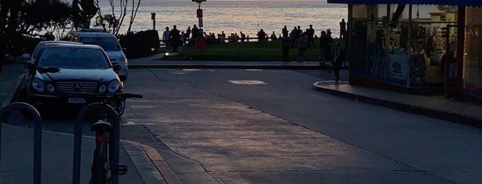 Laguna Beach is one of Cristina 님이 좋아한 장소.