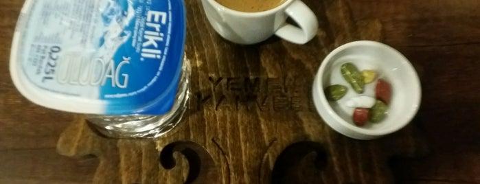Yemen Kahvesi is one of Istanbul Shisha.